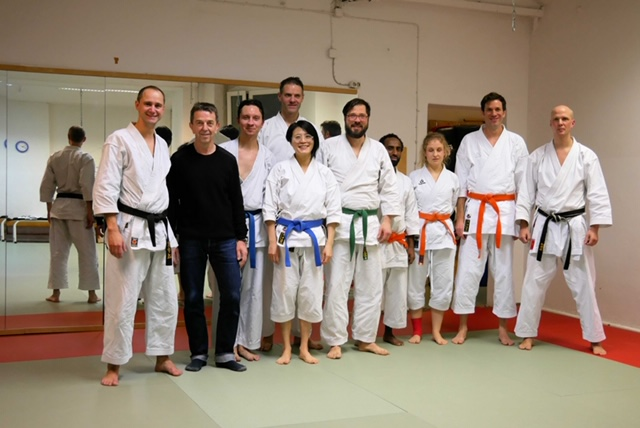 Erfolgreiche Kyu-Prüfung Karate in Berlin-Kreuzuberg beim Tung-Dojo.