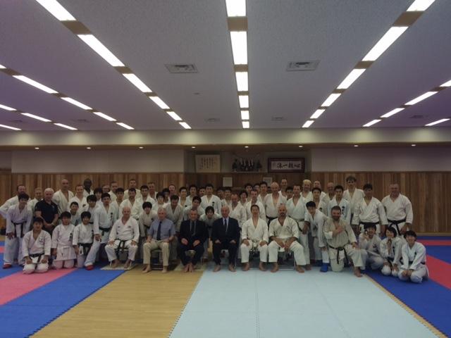 Abschlussfoto - mit Kagawa Sensei.