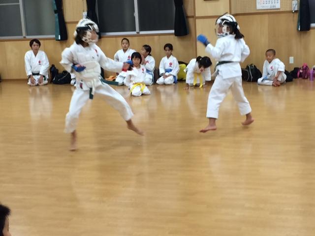 Kinder-Kumite bei Sakumoto Sensei